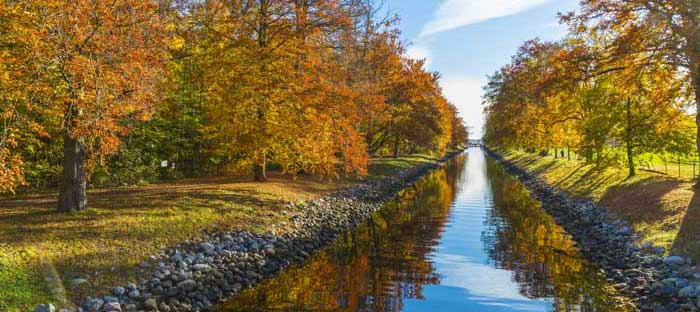 fall is a wonderful time to enjoy shopping, dining, and the wonderful sights in Perkasie, Bucks County PA